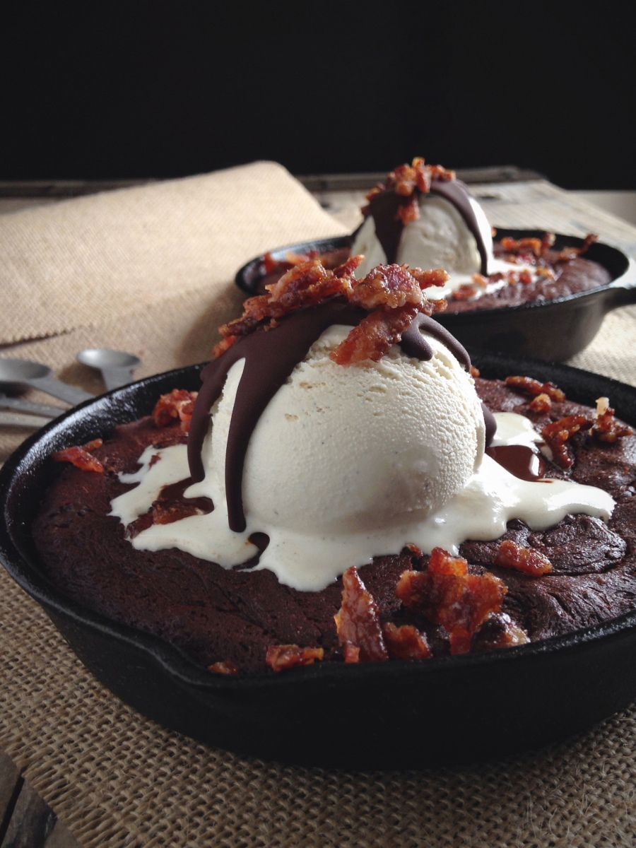 "Paleo Skillet Brownie Sundaes with ""Brown Sugar"" Bacon Crumbles"