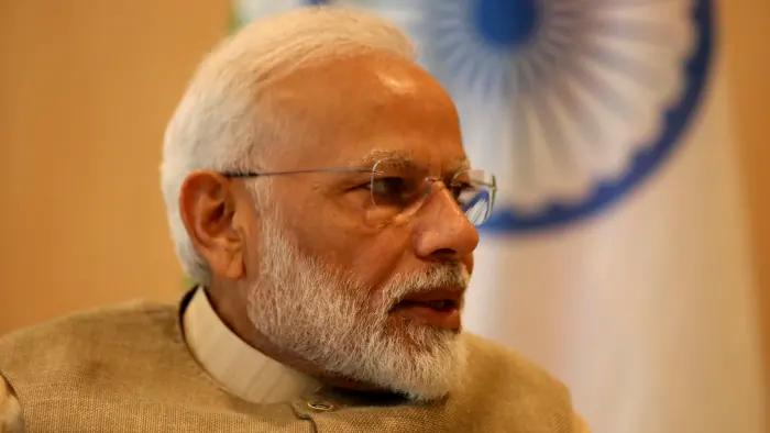 Subscribe to read Gujarati news, Mirrored sunglasses men