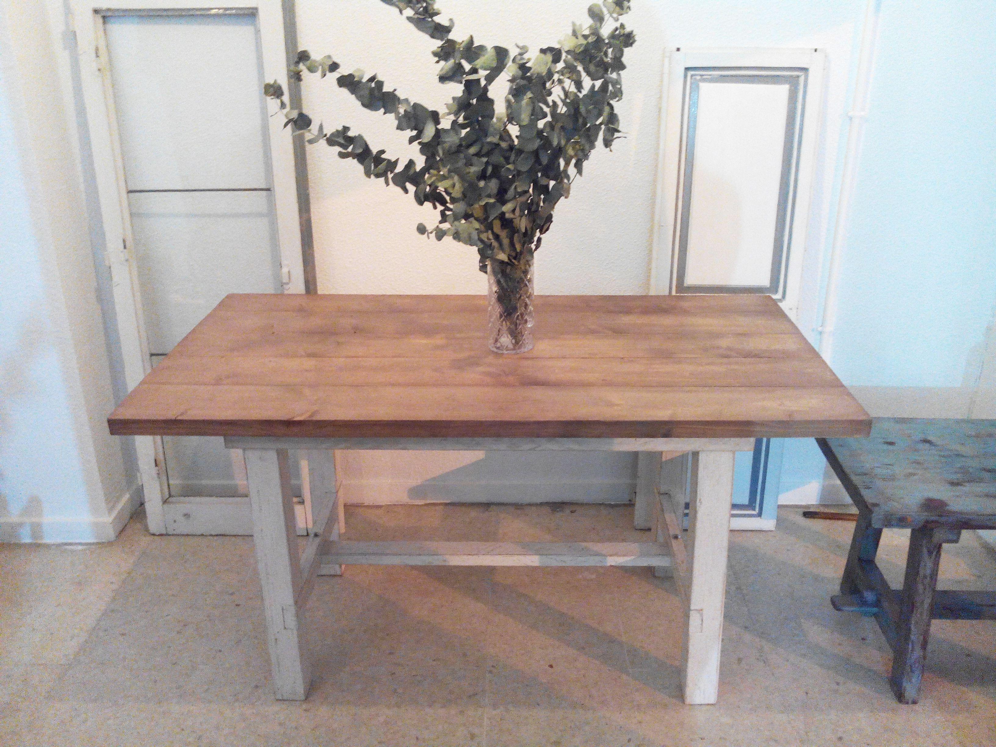 MESA DE COMEDOR COUNTRY Mesa de comedor o de cocina hecha con madera ...