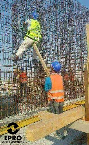 c720eb8e769542199726211f3d553c71 - 30+ funny unsafe construction photos