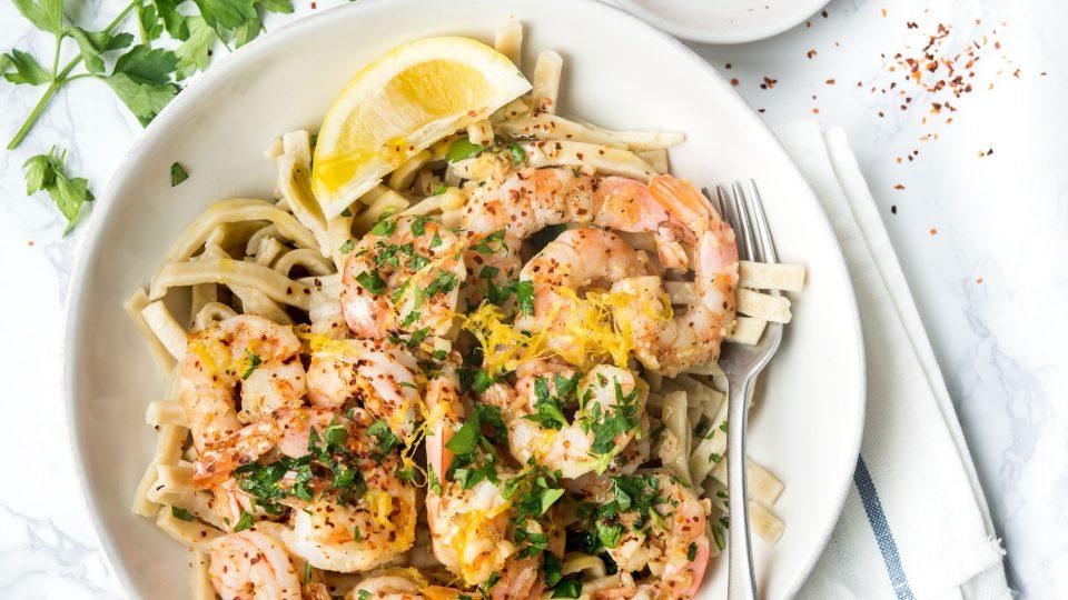 Lemon Garlic Shrimp Scampi Recipe   What's for Dinner? #garlicshrimprecipes