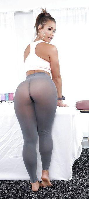 Pin on Sexy hot girlsKelsi Monroe Splits