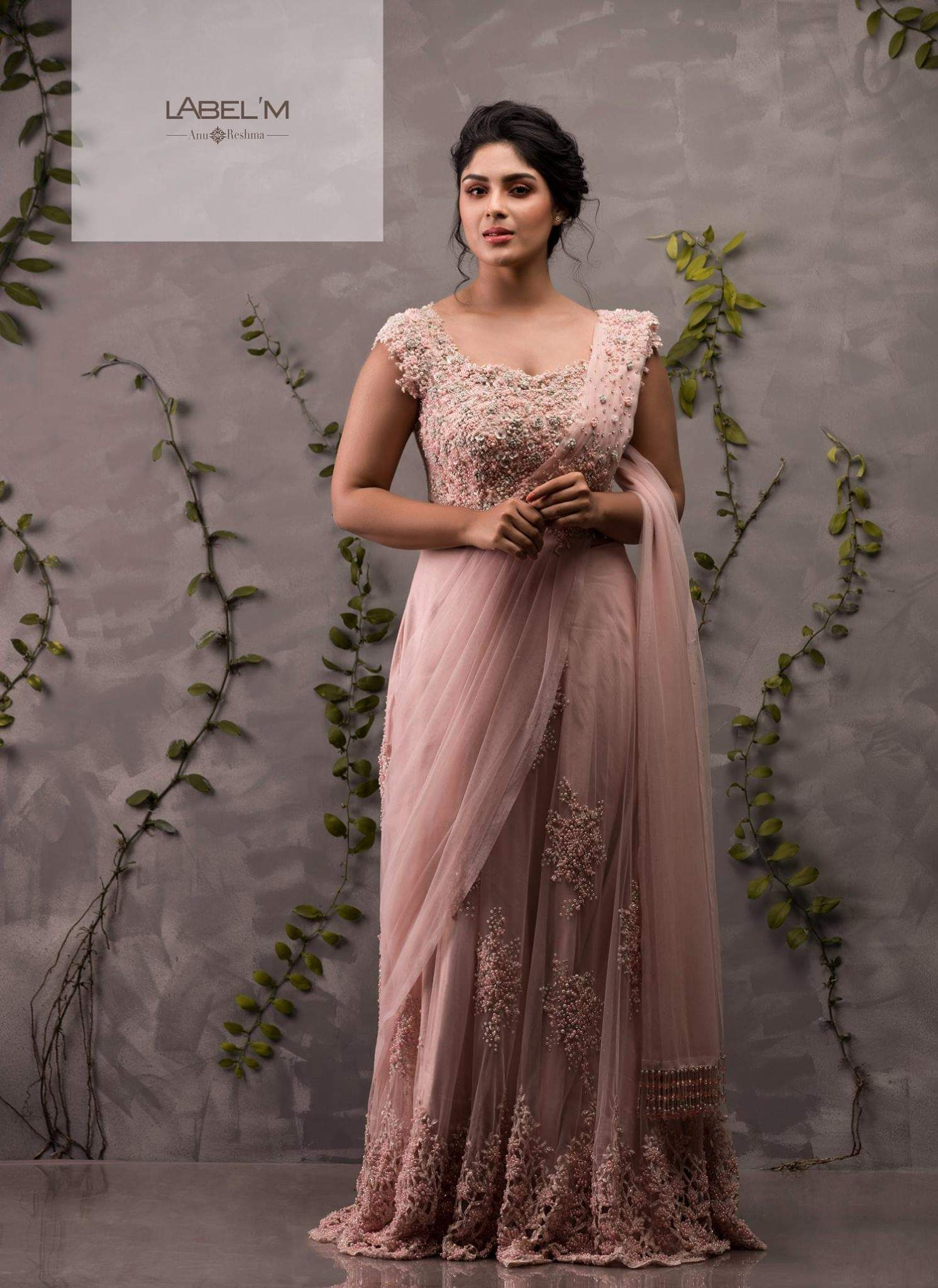 Pin by elsa on gowns u party wears in pinterest saree