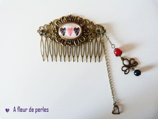 Peigne A Cheveux Bronze Coiffure Les Coeurs Noir Et Rouge