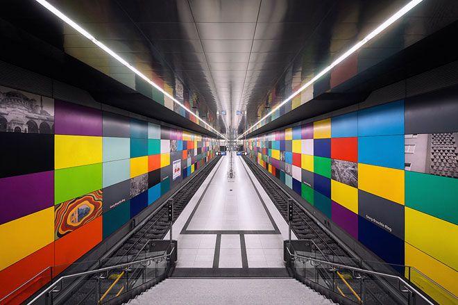 다양한 모습의 뮌헨 지하철역과 잉고 마우러의 디자인 - 이미지