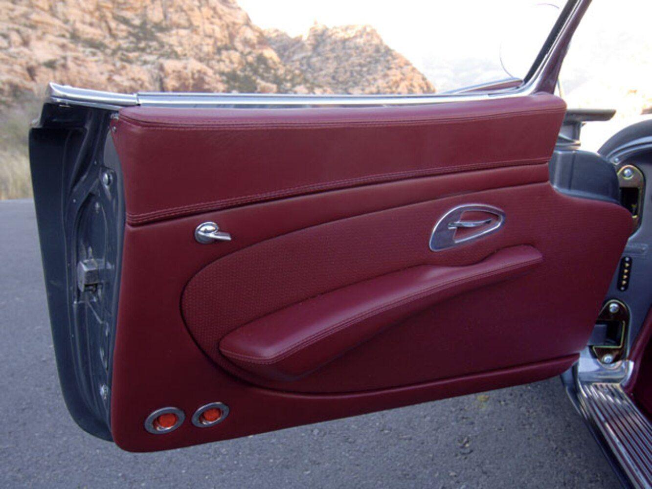 C6 Z06 Ls7 Powered 1961 Chevrolet Corvette Door Panel In 2020 Chevrolet Corvette Corvette Corvette Convertible