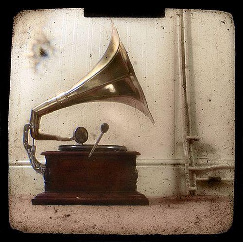 the gramaphone by TamJ, via Flickr