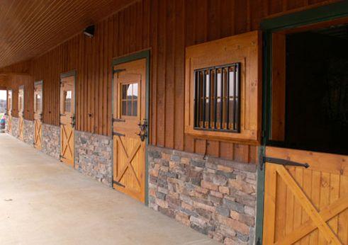 Wow Horse Stalls Doors Barn Stalls Horse Barns