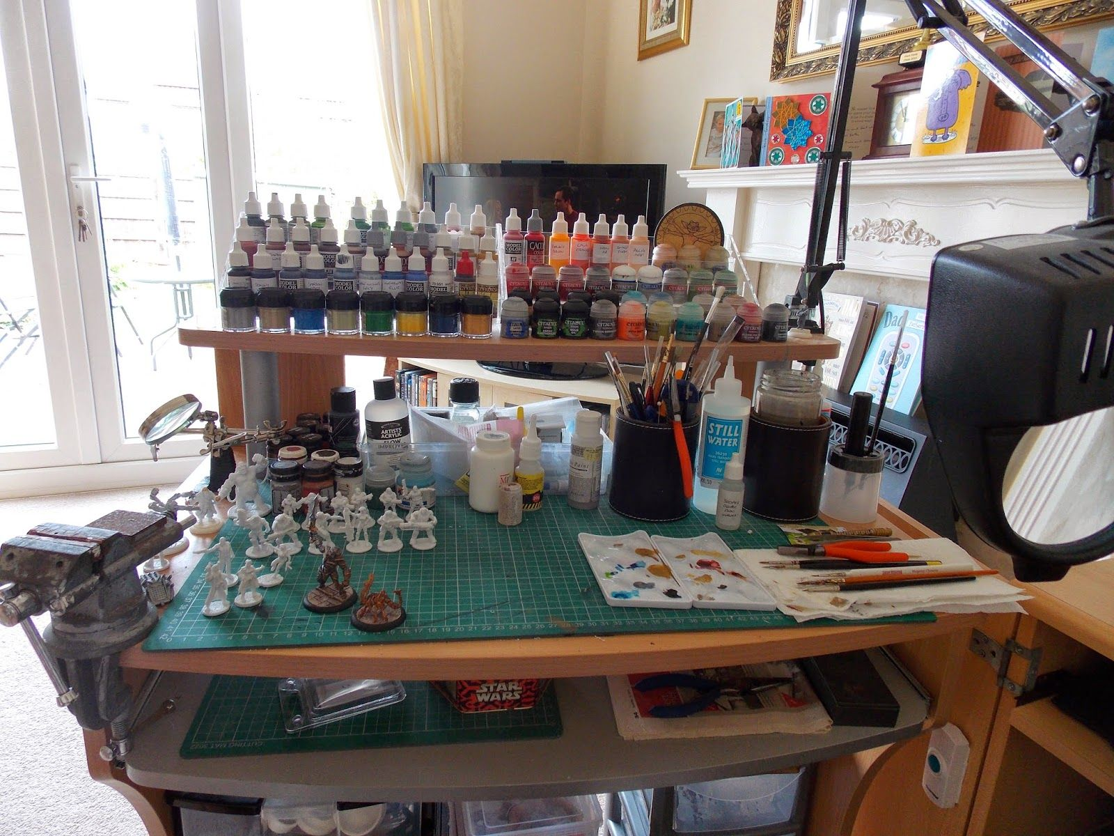 Miniatures For Roleplaying Mobile Painting Desk