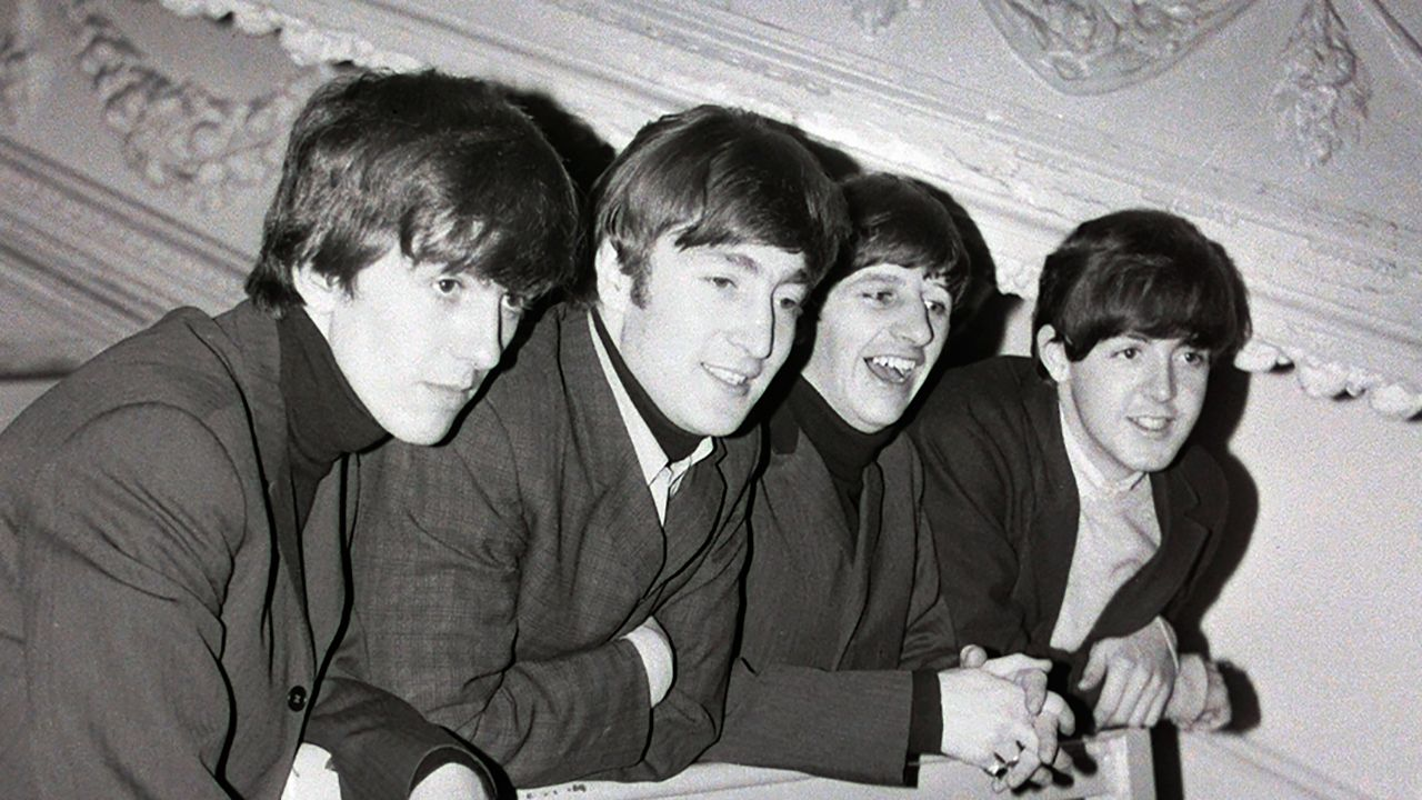 The Beatles at the Empire Theatre, Sunderland, 30 November 1963   The  beatles, The fab four, Sunderland