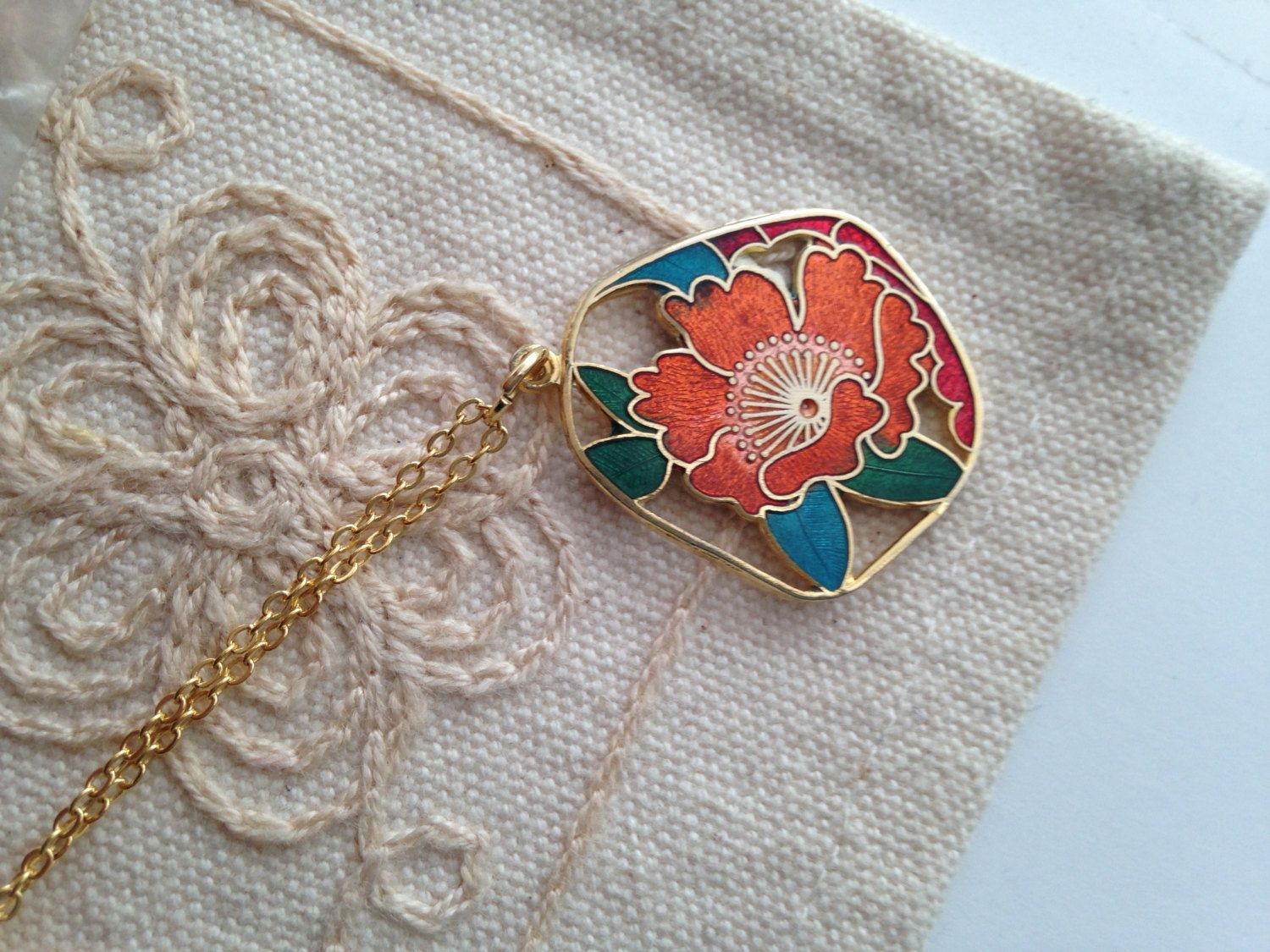 Cloisonne pendant necklace, vintage cloisonne pendant necklace, cloisonné necklace, cloisonné pendants, vintage cloisonné jewelry, flower by DuckCedar on Etsy