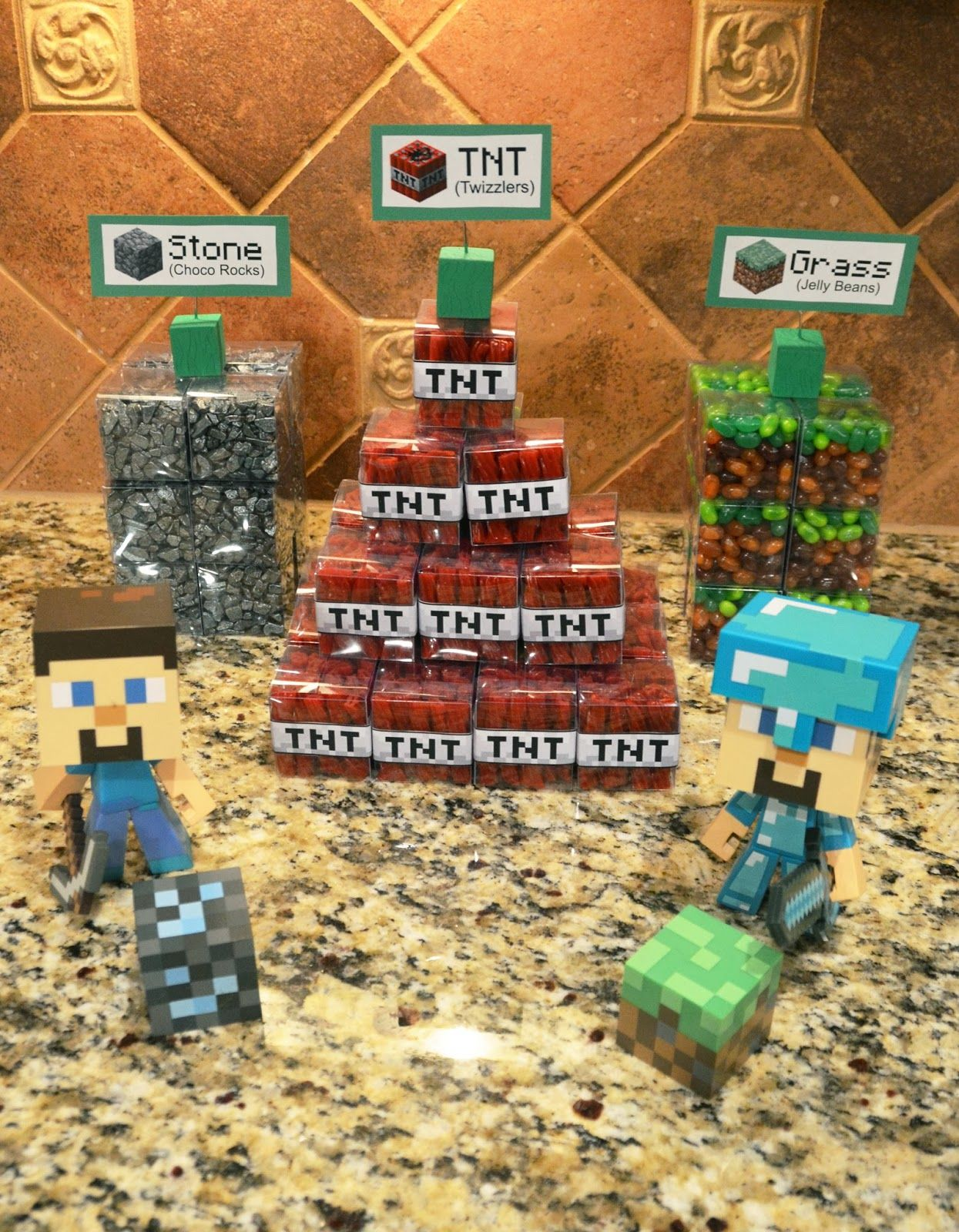 Life Among Pirates: A Minecraft Halloween Party   Minecraft party ...