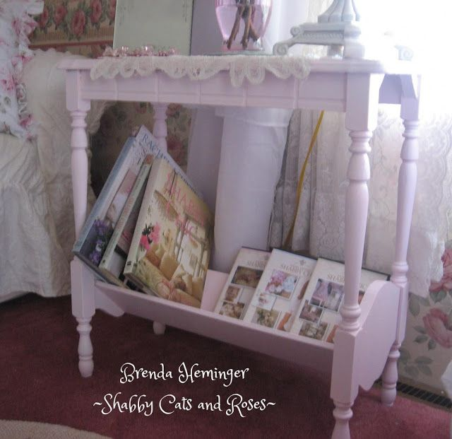 Shabby Cats and Roses