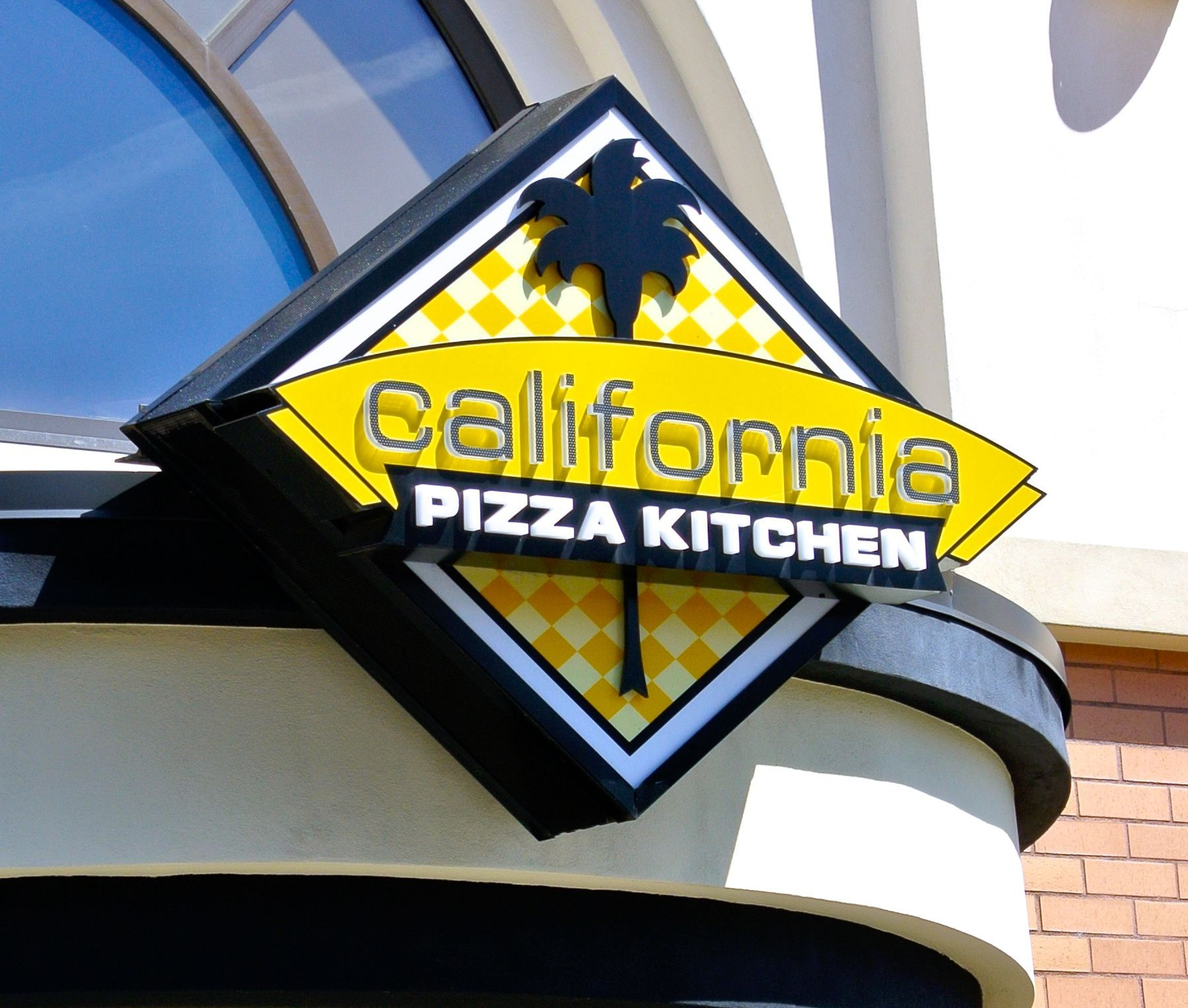 california pizza kitchen meyer sign co of oregon restaurants