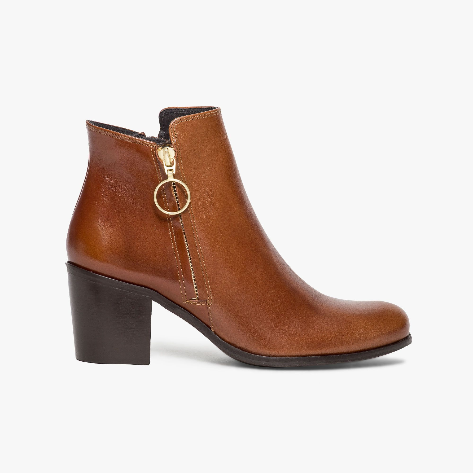 Boots cognac en cuir lisse avec zip décoratif