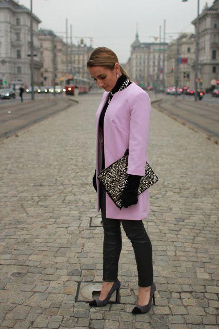 Leather pants - Hallhuber / pullover - Zara / coat & shoes & clutch - Primark / earrings - Konplott / necklaces - H, Forever21