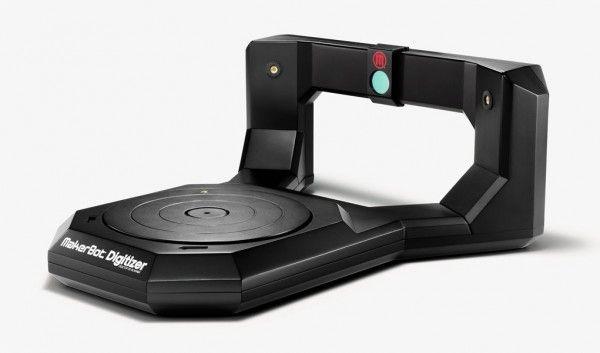 Escáner 3d MakerBot con mesa giratoria incorporada