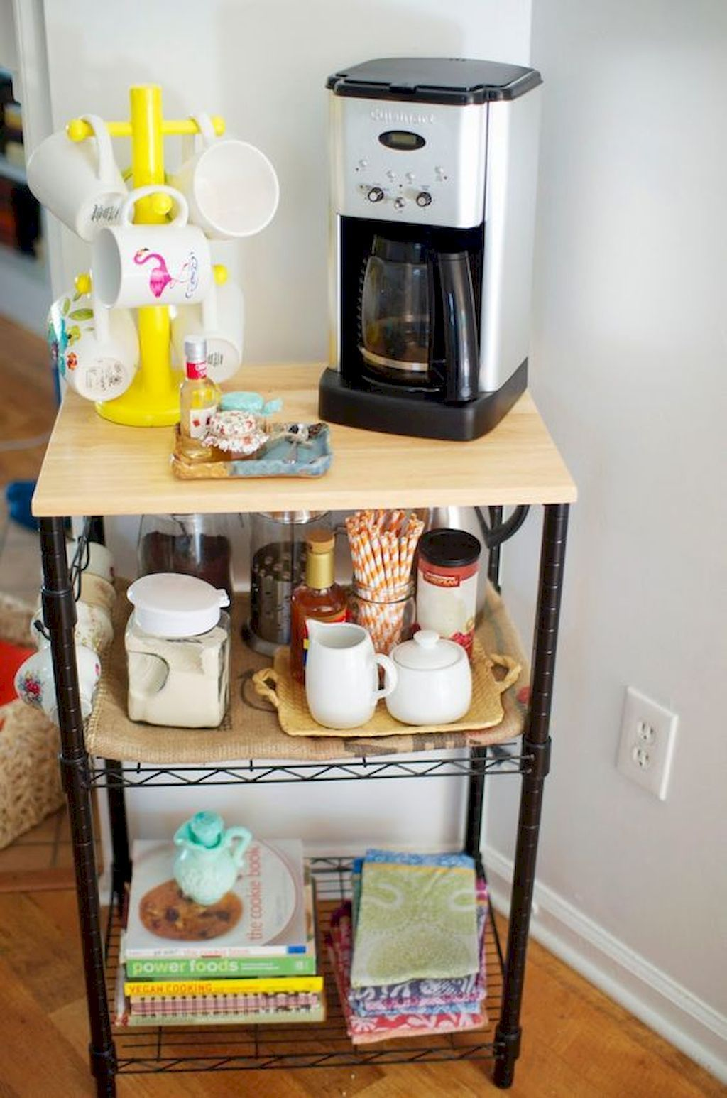 Awesome affordable apartment coffee bar cart ideas