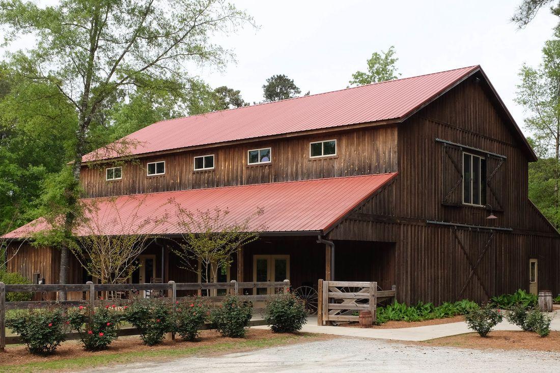 Unique Barn Venue in Georgia located on Lake Oconee within reach of Athens, Augusta, Atlanta, and Macon.