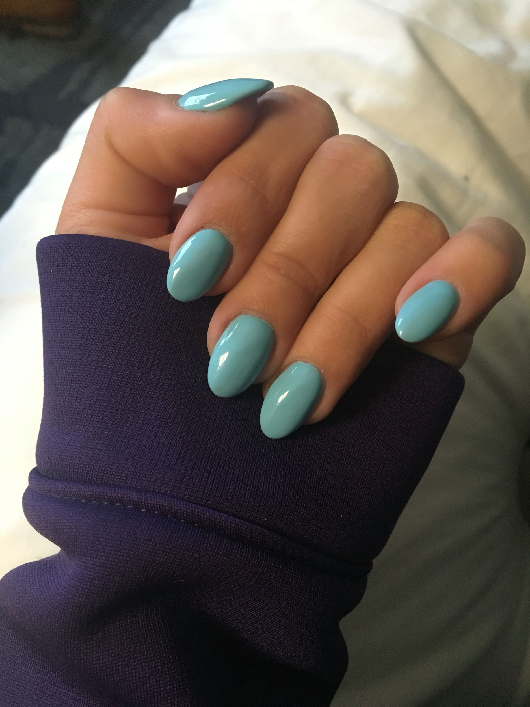 Tiffany S Blue Almond Shaped Nails Short Acrylic Nails Oval Nails Trendy Nails