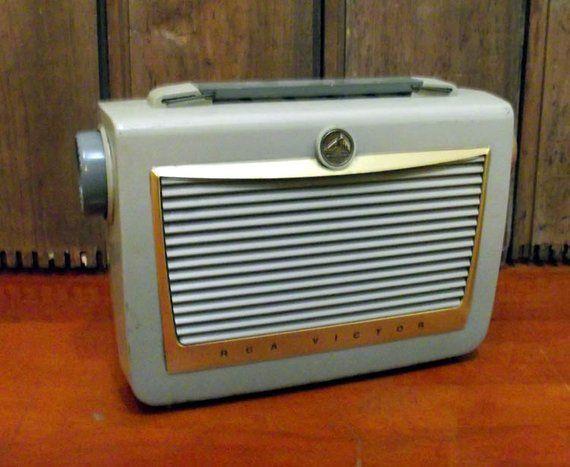 RCA Victor Portable Tube Radio 6 BX 6 | Products | Retro