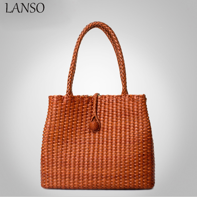 114.39$  Watch here - http://aliomq.worldwells.pw/go.php?t=32737092229 - 2016 Real Single Woven Genuine Leather Handbag Ladies Beach Bag For Summer Holiday Women's Shoulder Top Quality Larger Size