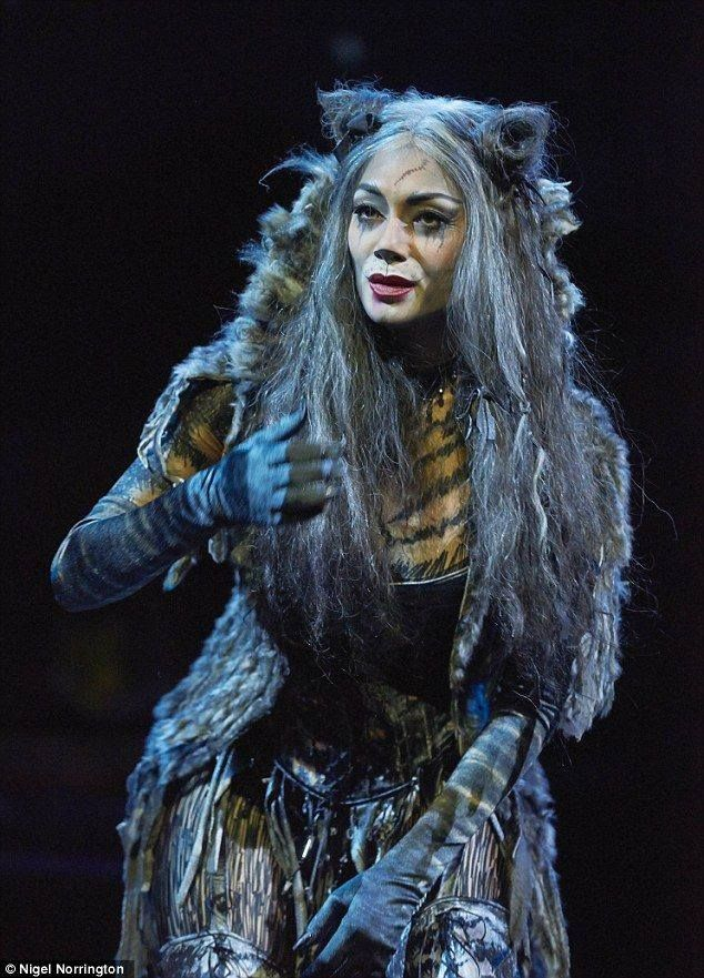 Nicole Scherzinger as Grizabella (With images) Cats the