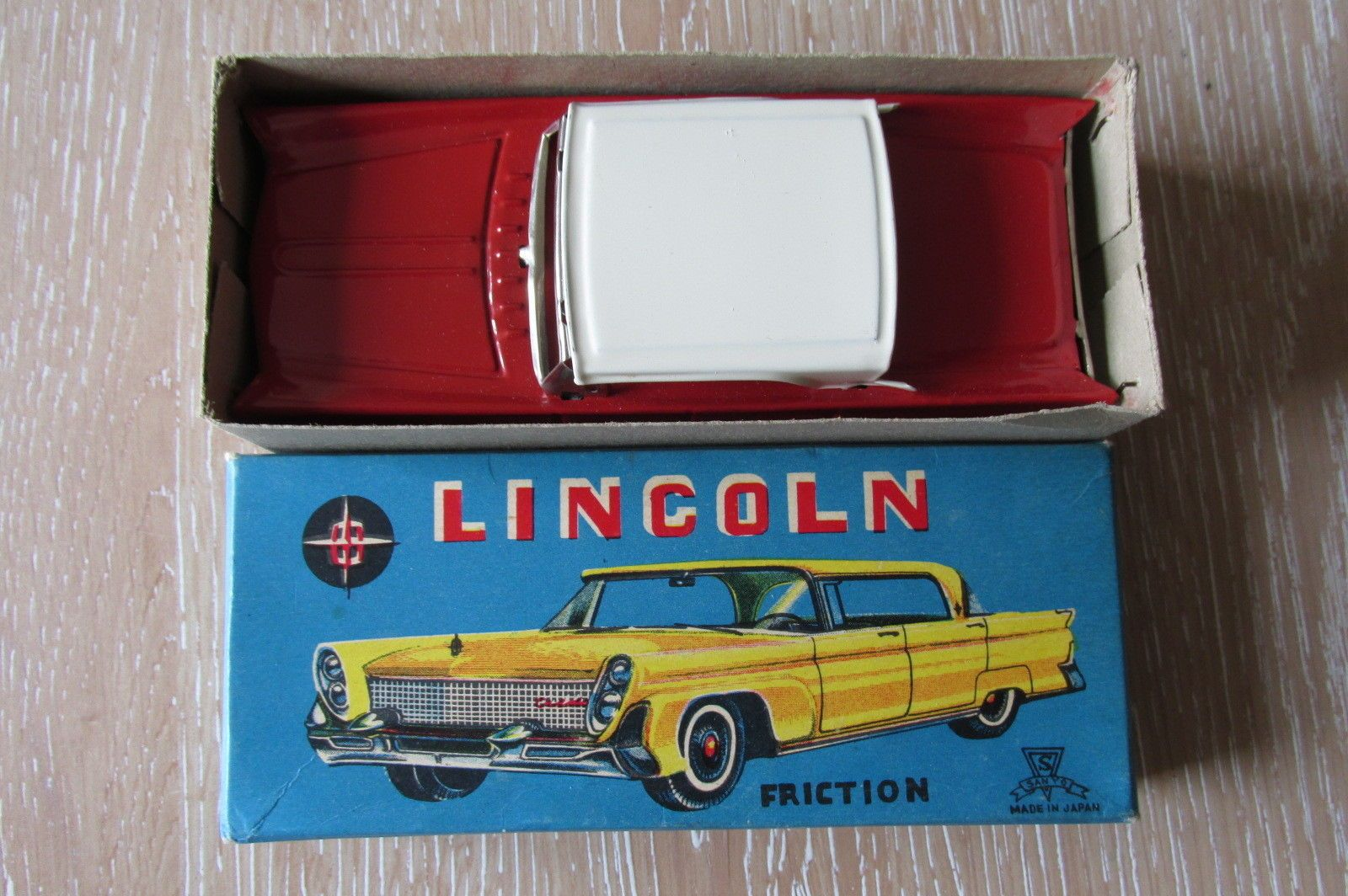 SANYO - Japan Tinplate Friction - Lincoln Saloon Car - Boxed | eBay