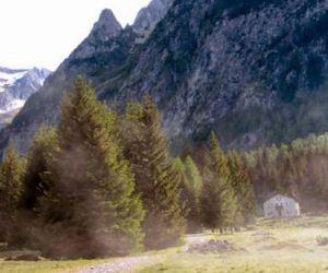 rifugio brasca val codera alpi montagna