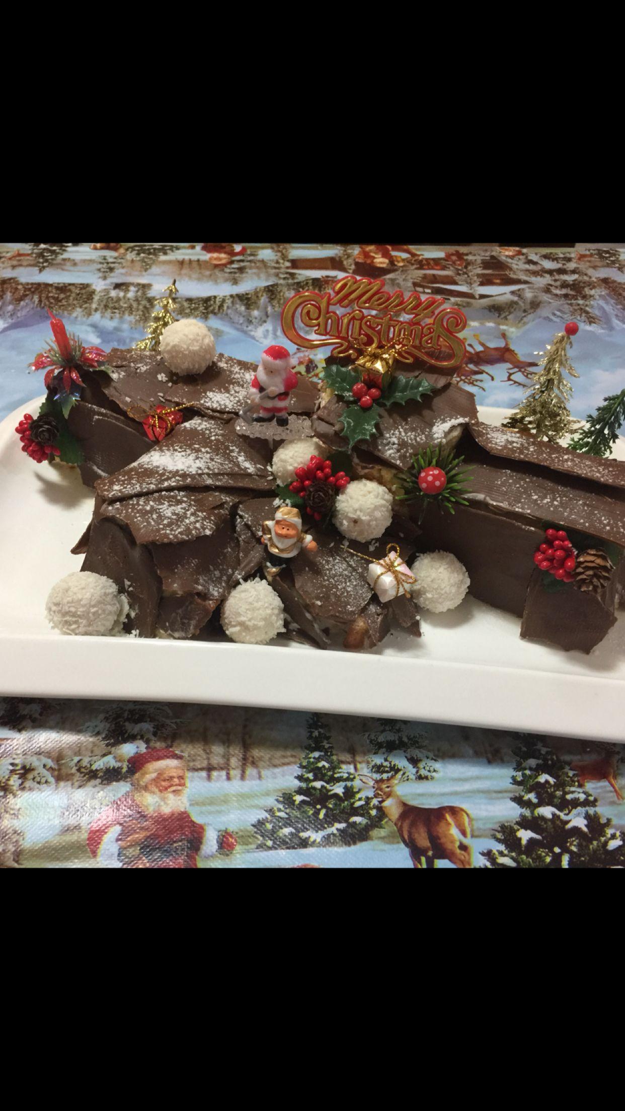 Mon bûche de Noël 2017 Christmas wreaths, Holiday decor