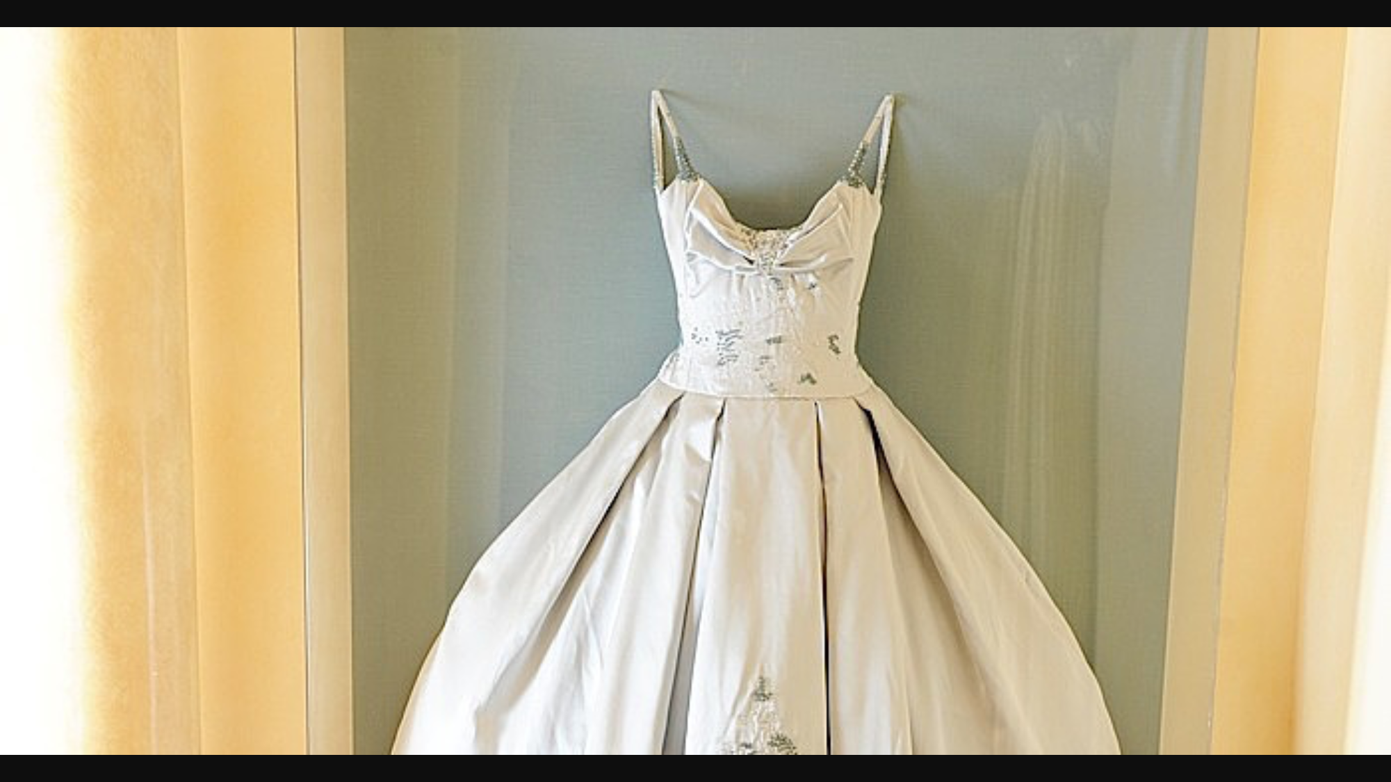 Adrienne maloofs wedding dress from housewives of Beverly Hills ...
