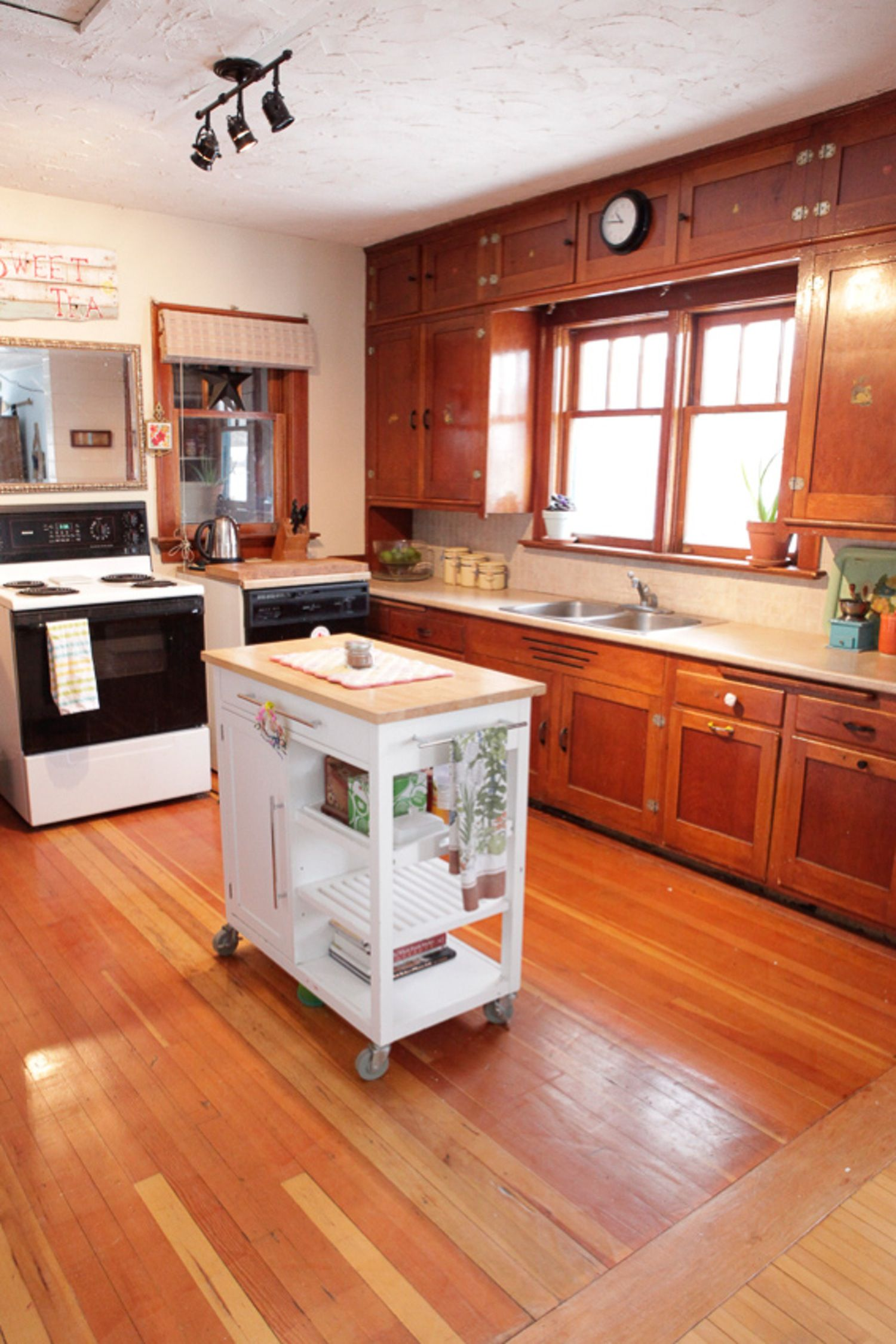 A bright and cheery farmhouse kitchen update for under 20