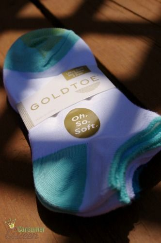 Gold Toe's Ultra Soft, Oh. So. Soft Socks make my feet happy!  Find out more about the softest socks I've ever worn! OhSoSoft  AD
