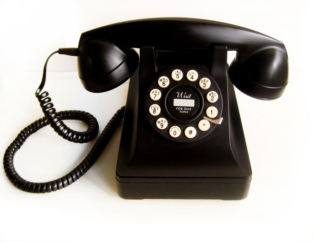 The Iconic Type 302 Phone Was Designed By The Prolific Industrial Designer  Henry Dreyfuss And Introduced