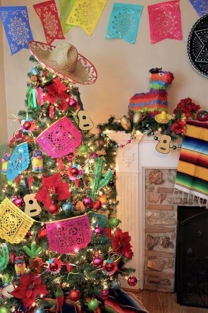 LAURA'S little PARTY: Feliz Navidad - Fiesta themed Christmas tree