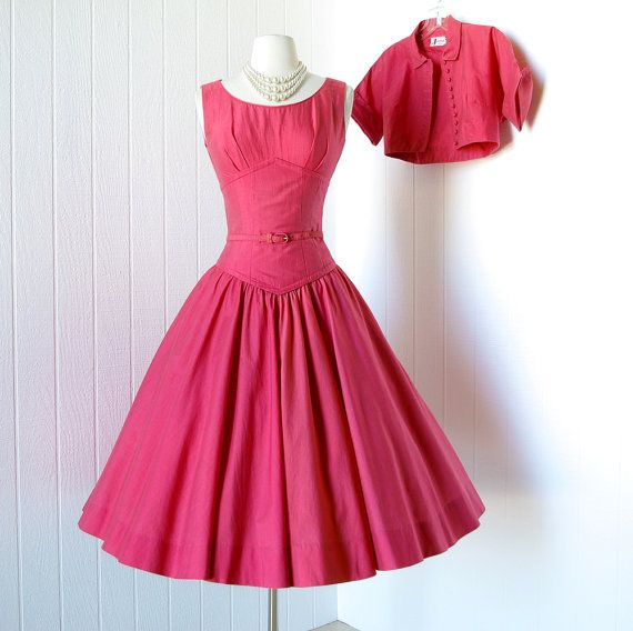 25 percent off with code vintage 1950\'s dress ...beautiful CORAL RED ...