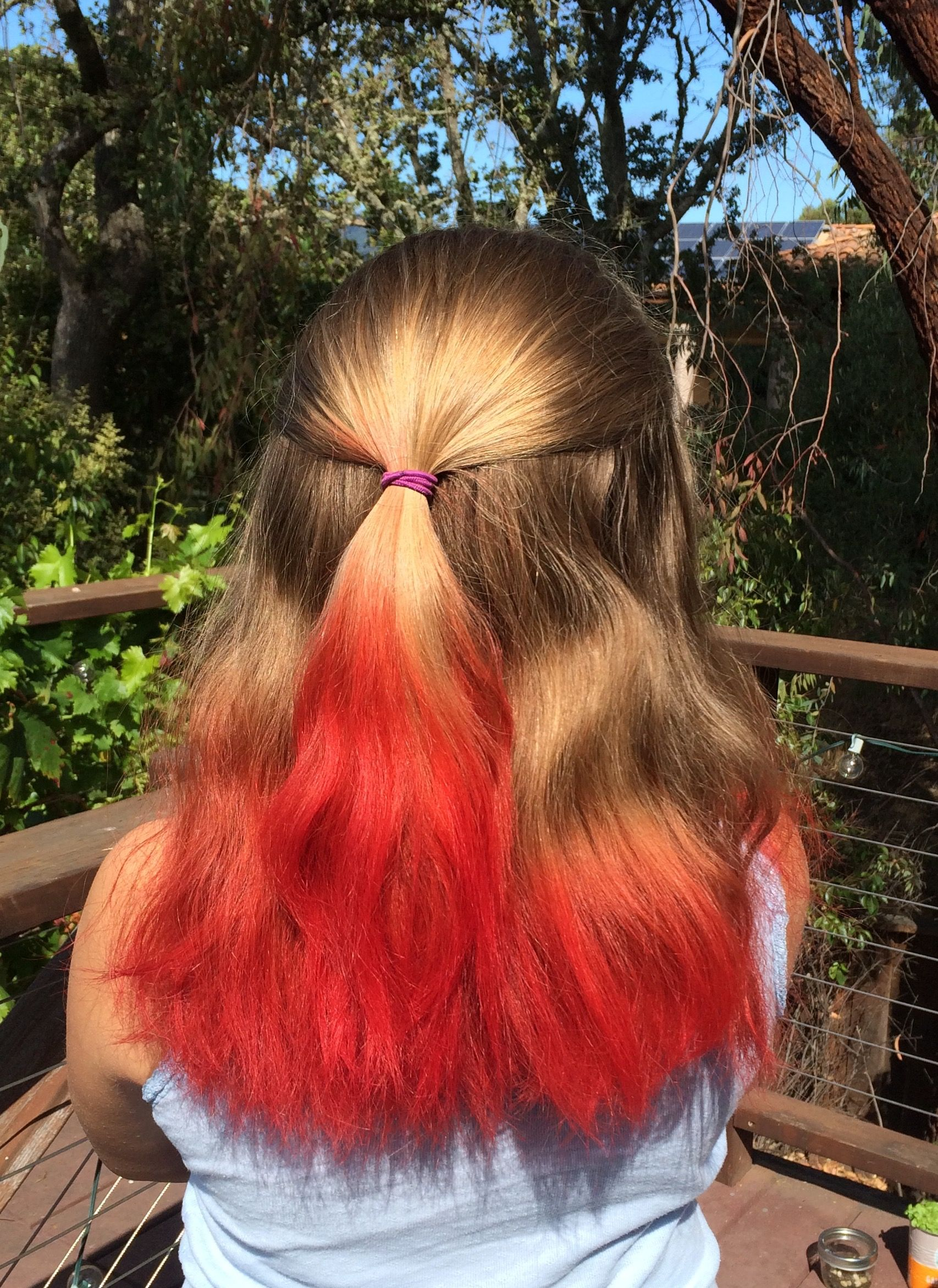 Kool Aid Hair Dye 2 Cups Boiling Water 2 I Used 3 Packets Of Kool Aid Of Your Choice Mix Thou Kool Aid Hair Dye Kool Aid Hair Hairstyles For Thin Hair