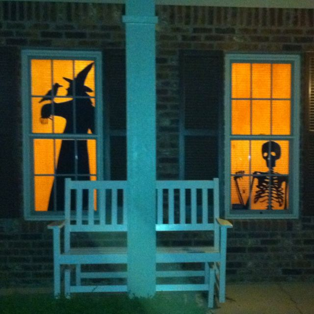 Halloween windows Yes I occasionally pin something made by me - halloween window ideas