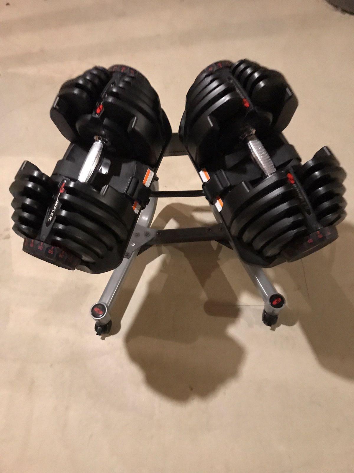Bowflex 1090 Dumbbells Selecttech Pair And Stand 90lbs Per Dumbbell Work Out Wear Bowflex Dumbbells Dumbbell