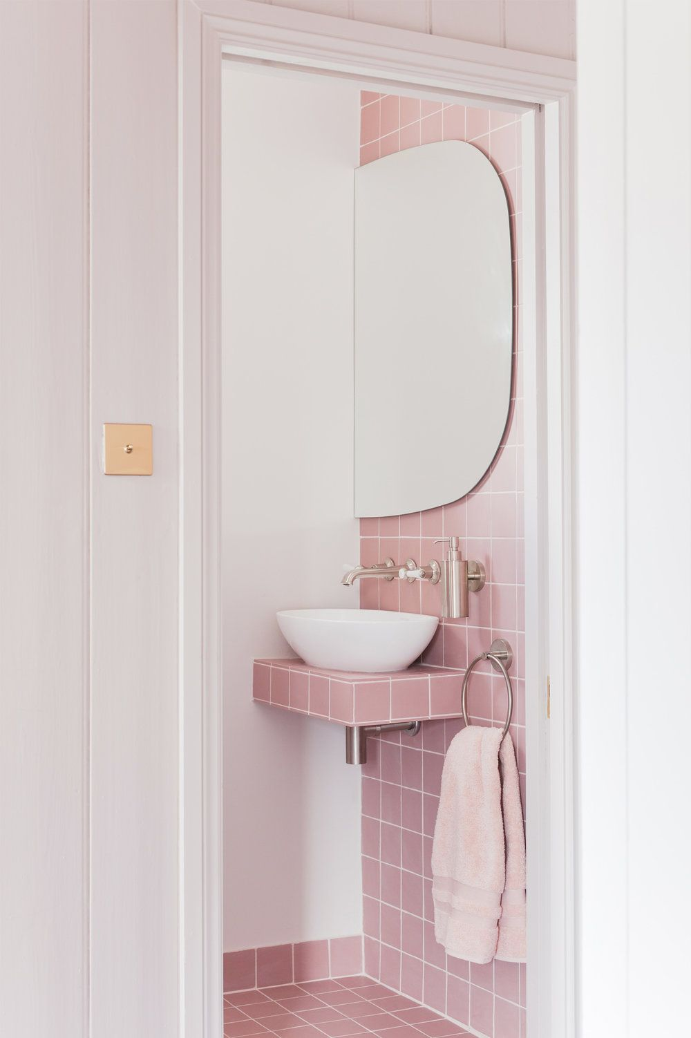 Bagno Rosa E Nero obsessed with: a dream pink bathroom design by 2lg studio