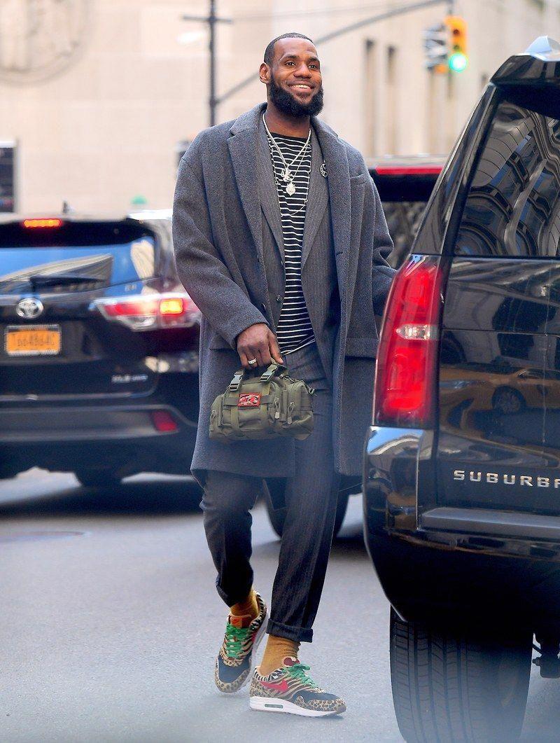 Mens Fashion Blog Street Style Menstreetstyles Mens Street Style Nba Fashion Mens Casual Outfits [ 1061 x 800 Pixel ]