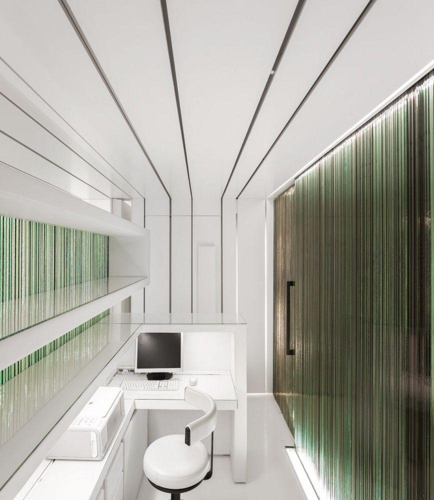 Dental Clinic / MMVARQUITECTO