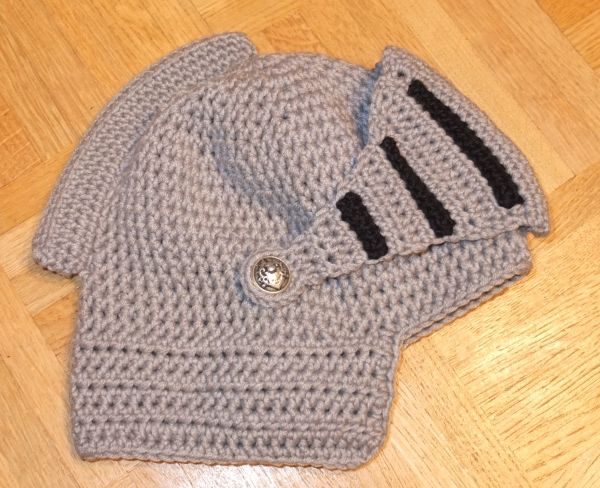 Ritterhelm gehäkelt, häkeln, Ritter, Crochet Knight helmet ...