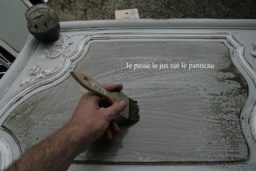 Comment faire la patine d un meuble meubles peints mobilier de salon patiner un meuble et - Patiner meuble ...