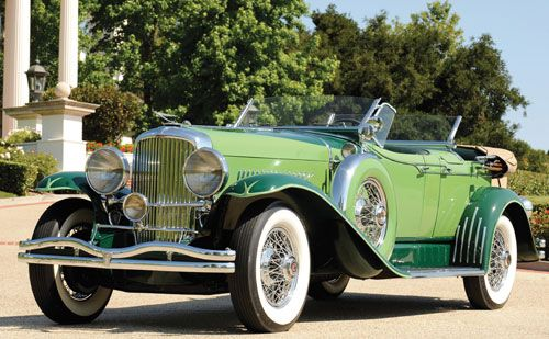 Duesenbergs, like this 1934 Model J dual-cowl phaeton, were designed to accentuate the most regal lines and features.