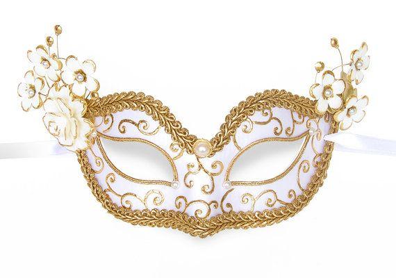 Lovely Venetian White Metal Mask  Masquerade Diamante Ball Prom//Ball//Wedding.UK