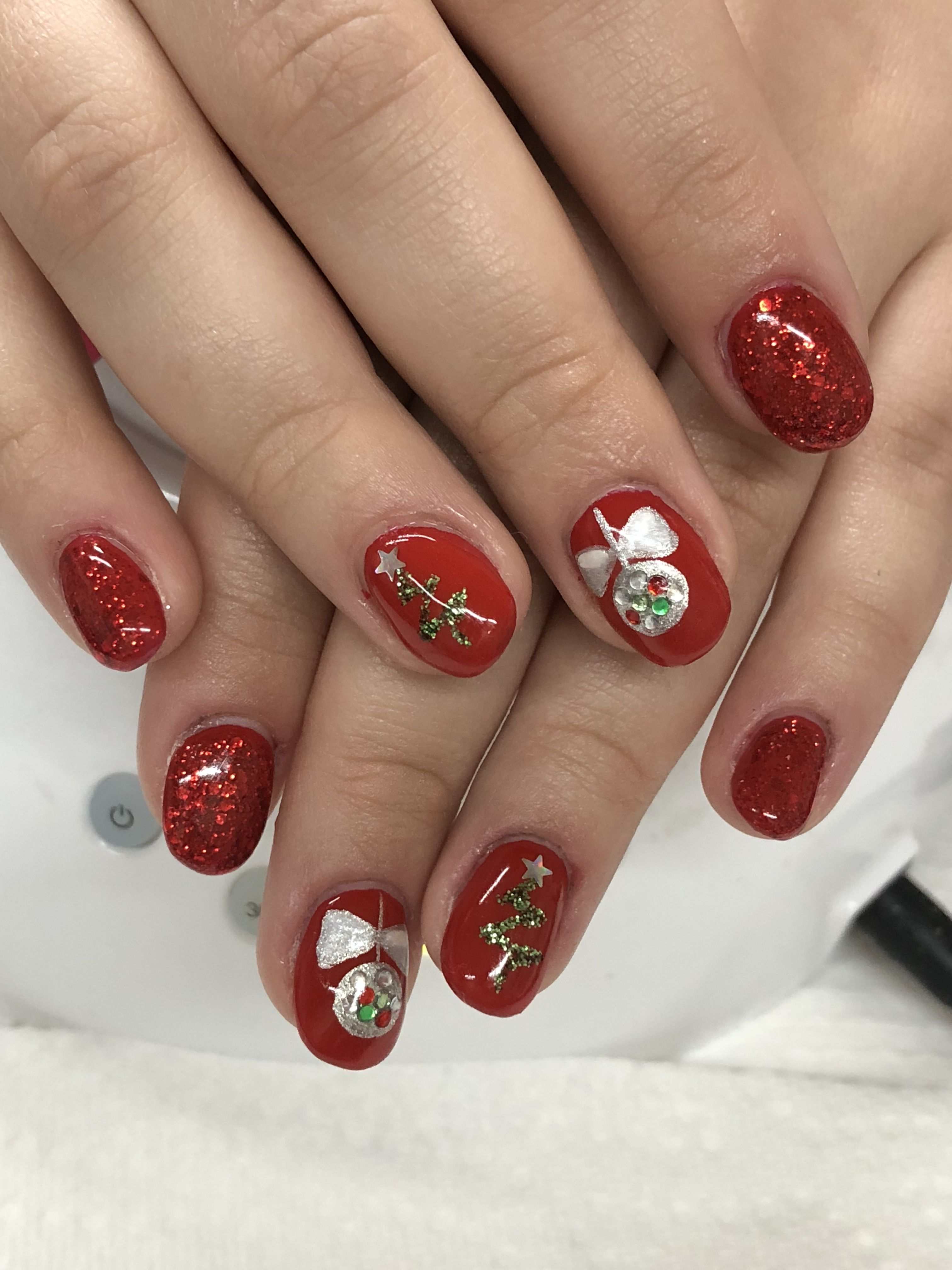 Christmas Tree Ornament Glitter Gel Nails Light Elegance ...