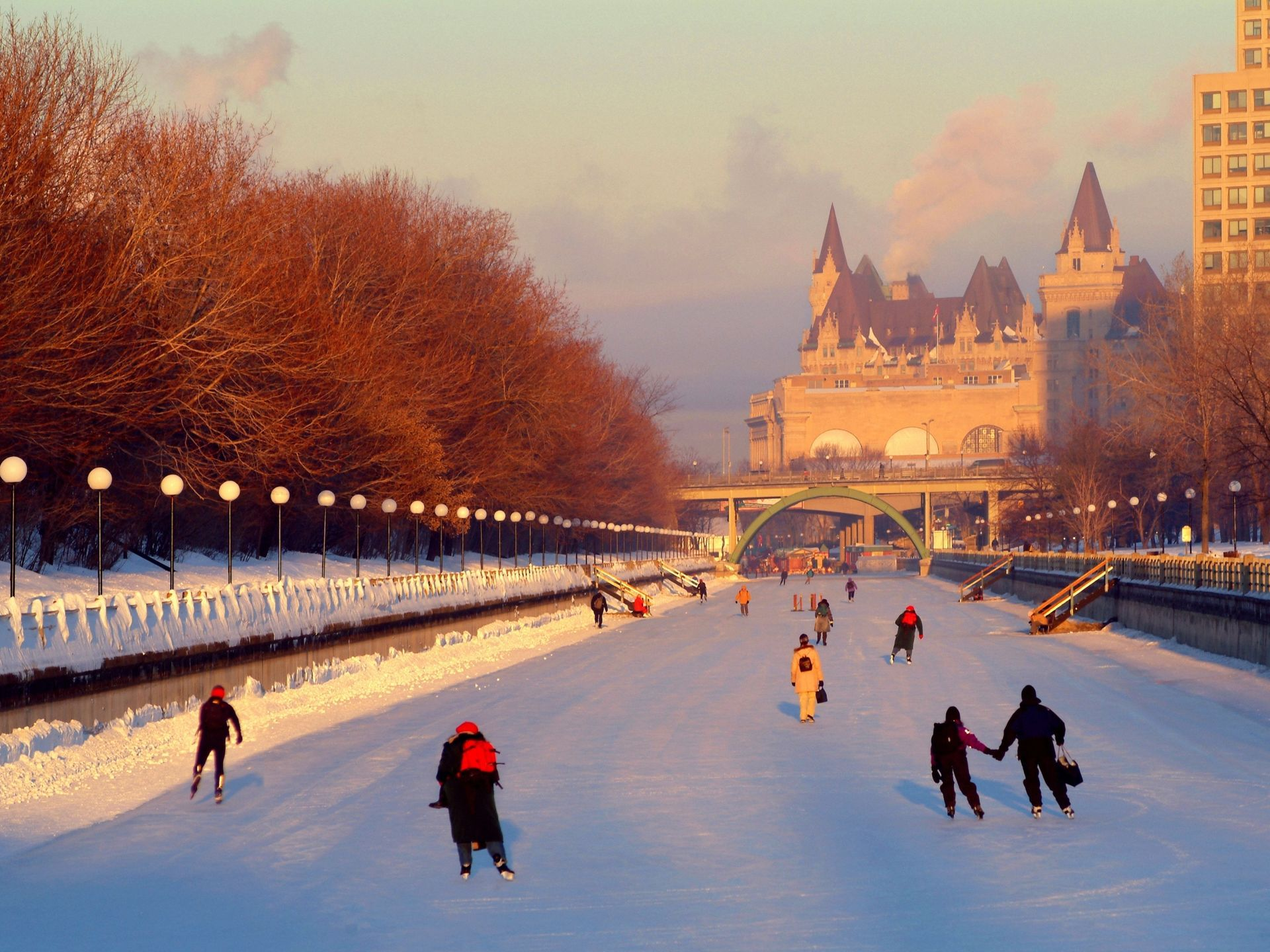come winter ottawa residents take to the frozen rideau canal for