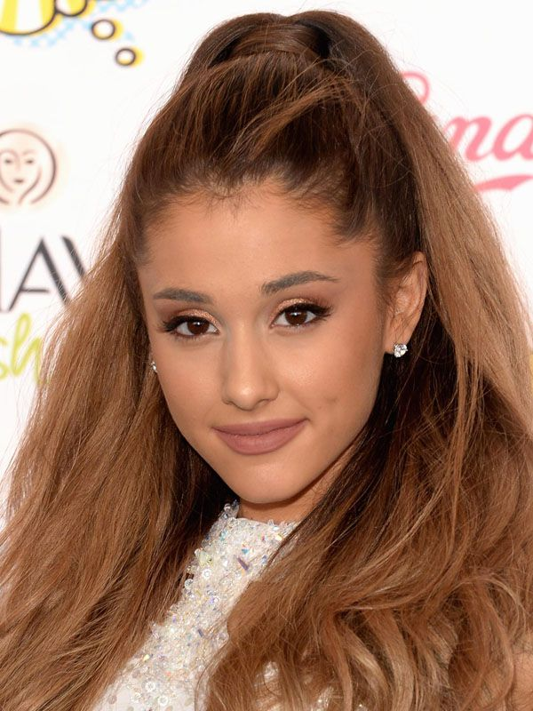som er Ariana Grande dating kan 2014