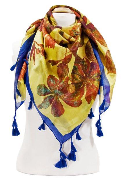 Foulard en soie pompons jaune marguerites. Découvrez + de 100 ... b607bfe1ea4